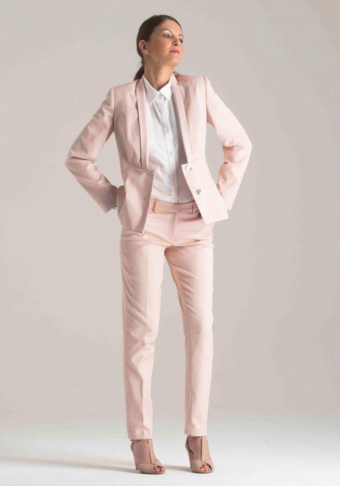 veste pantalon femme mariage les vestes la mode sont populaires partout dans le monde. Black Bedroom Furniture Sets. Home Design Ideas