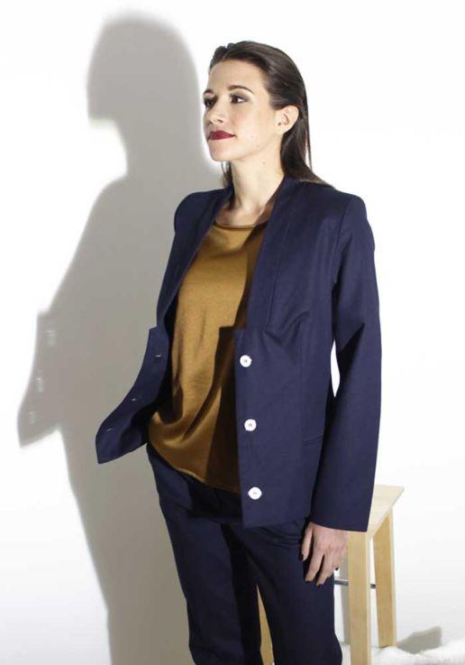 Veste tailleur pantalon bleu marine créateur Paris mode femme SOLENE MARTIN
