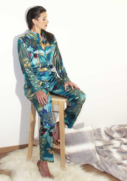 Pantalon a pinces en soie imprimé dragon créateur Paris mode femme SOLENE MARTIN