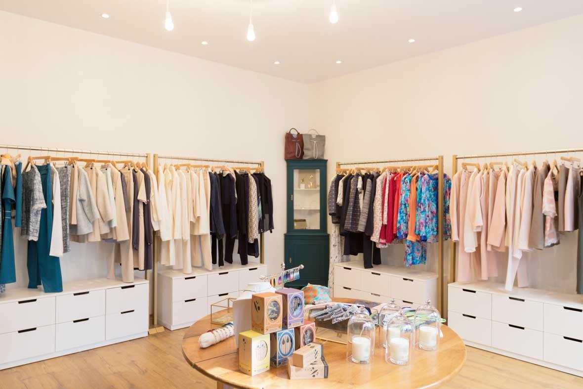 Intérieur boutique mode femme SOLENE MARTIN paris