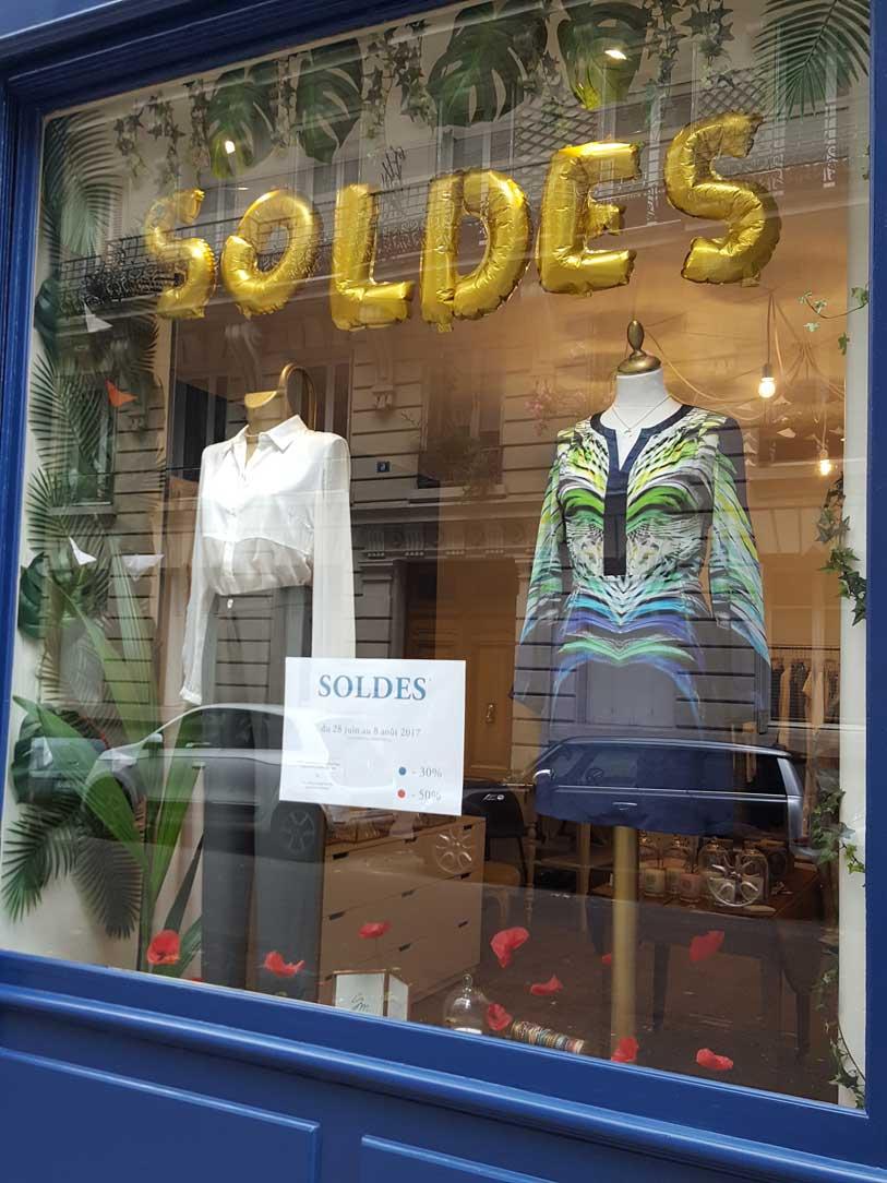 Vitrine-boutique SOLENE MARTIN mode femme paris