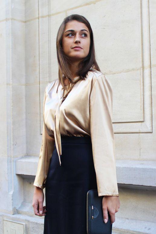 Blouse en soie beige col lavallière mode créateur femme Paris